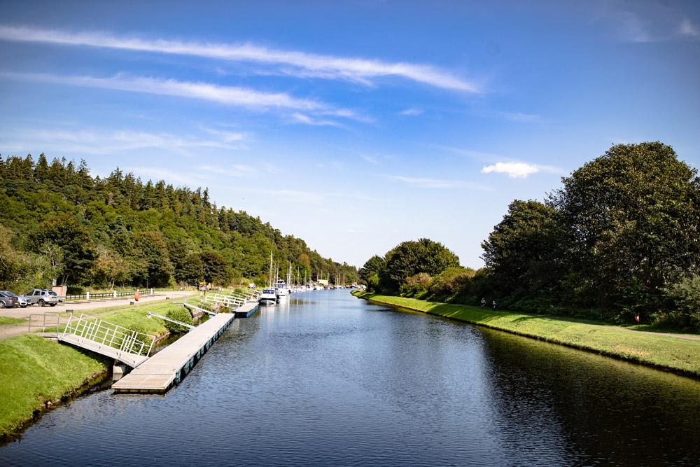 Sunny day at Dochgarroch Locks