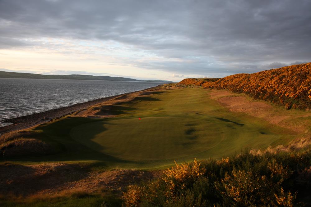 The 1st Hole at Castle Stuart Golf Links